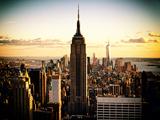 En ville au crépuscule, Empire State Building et One World Trade Center (1WTC), Manhattan, New York Papier Photo par Philippe Hugonnard