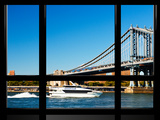 Window View, Special Series, Manhattan Bridge, Boat on East River, Manhattan, New York, US Reproduction photographique par Philippe Hugonnard