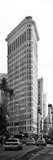 Vertical Panoramic of Flatiron Building and 5th Ave, Black and White Photography, Manhattan, NYC Fotografie-Druck von Philippe Hugonnard