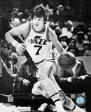 Pete Maravich - Court action Photo