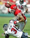 Tony Gonzalez - 2004 - 2005 Action Breaking Tackle Photo