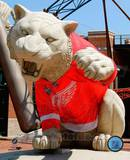 Comerica Park Statue With Detroit Red Wings 2008 Stanley Cup Jersey Photo