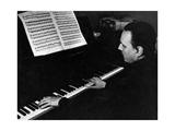 Arturo Benedetti Michelangeli at the Piano Reproduction photographique sur papier de qualité