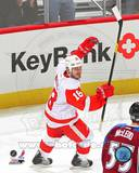 Detroit Red Wings - Ian White Photo Photo