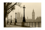 Big Ben And Houses Of Parliament, London In Fog Posters par  tombaky