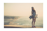 Beautiful And Fashion Young Woman Posing With A Skateboard Láminas por  iko