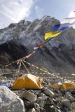 Tents of Mountaineers Along Khumbu Glacier, Mt Everest, Nepal Fotografisk tryk af David Noyes