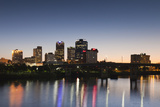 City Skyline from the Arkansas River, Dusk, Little Rock, Arkansas, USA Fotodruck von Walter Bibikow