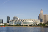 Cleveland Browns Stadium and City Skyline, Ohio, USA Fotografisk trykk av Cindy Miller Hopkins