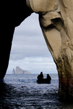 Kicker Rock Seen Through a Cave from San Cristobal, Galapagos, Ecuador Fotodruck von Cindy Miller Hopkins