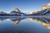 Two Medicine Lake in Winter, Glacier National Park, Montana, USA Fotodruck von Chuck Haney