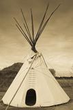Native American Teepee, Grand Island, Nebraska, USA Fotografie-Druck von Walter Bibikow