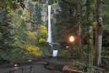 Multnomah Falls, Columbia River Gorge, Oregon, USA Lámina fotográfica por  Jaynes Gallery