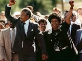 Nelson Mandela and Winnie Mandela Fotografisk tryk af Greg English