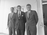 Digitally Restored Photo of President John Kennedy with His Brothers Reproduction photographique