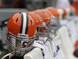 Cleveland Browns Helmets Fotografisk trykk av Tony Dejak