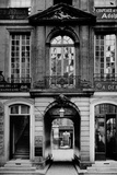 Paris, 79 Street of the Temple, the Old Hotel of Montholon Photographie par Brothers Seeberger