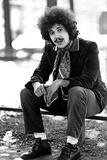 Lucio Battisti Sitting Outdoors Reproduction photographique