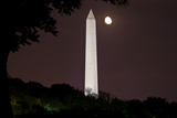 Washington Monument with a Rising Moon Photographic Print by Vickie Lewis