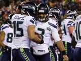 NFL Super Bowl 2014: Feb 2, 2014 - Broncos vs Seahawks - Russell Wilson, Jermaine Kearse Bilder av Ted S. Warren