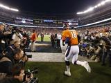 NFL Super Bowl 2014: Feb 2, 2014 - Broncos vs Seahawks - Peyton Manning Posters av Evan Vucci