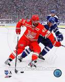 Henrik Zetterberg 2014 NHL Winter Classic Action Photo