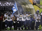 NFL Super Bowl 2014: Feb 2, 2014 - Broncos vs Seahawks - Seattle Seahawks Take the Field Plakater av Matt Slocum