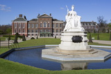 Kensington Palace and Queen Victoria Statue Photographic Print by Stuart Black