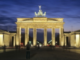 Brandenburg Gate (Brandenburger Tor) and Quadriga Winged Victory Photographic Print by Markus Lange