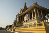 Royal Palace, Phnom Penh, Cambodia, Indochina, Southeast Asia, Asia Photographic Print by Ben Pipe