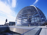 Reichstag Buidling, Berlin, Germany Photographic Print by Hans-Peter Merten