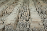 Terracotta Army, Guarded the First Emperor of China, Qin Shi Huangdi's Tomb Reproduction photographique par Jean-Pierre De Mann