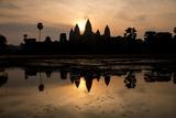 Sunrise over Angkor Wat Fotografisk tryk af Ben Pipe