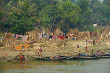 Village on the Bank of the Hooghly River, Part of the Ganges River, West Bengal, India, Asia Papier Photo par Bruno Morandi