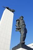 Statue of General Dr Milan Rastislav Stefanik, Bratislava, Slovakia, Europe Fotodruck von Christian Kober