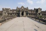 Angkor Wat Temple, 12th Century, Khmer, Siem Reap, Cambodia Photographic Print by Robert Harding