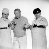 The Three Stooges: Hey Moe! I Got No Pulse! Photographic Print