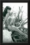 Bettie Page Beach Bettie Pin-Up Photo