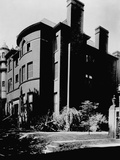Side Angle View of the Alexander Graham Bell Home (From 1892-1922) Photographic Print