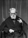 1930s Stern Elderly Judge with Beard and Glasses Pointing at Camera Photographie
