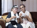 1950s Two Elderly Drinking Tea Gossiping Hair in Curlers Fotodruck