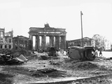 Brandenburg Gate, Berlin 1945 Reproduction photographique