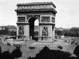 L'Arch-De-Triomphe De L'Etoile in Paris Photographic Print