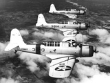 1940s Three World War II US Navy Dive Bombers Flying in Formation Photographie