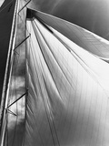 Sails and Mast of Yankee Sloop Photographie par Edwin Levick