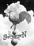 1930s Rooster Gallus Gallus Domesticus Weather Vane Against Backdrop of Cumulus Clouds Photographie