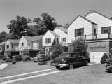 1950s Suburban Street of Typical Homes Queens New York Fotografiskt tryck av R. Krubner