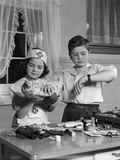 1950s Two Children Playing Doctor Nurse Reproduction photographique