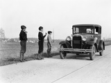 1920s-1930s Man Driving Ford Model a Car 3 Boys Hitchhiking Photographie