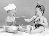 1960s Baby Doctor and Nurse with Chart and Stethoscope Papier Photo